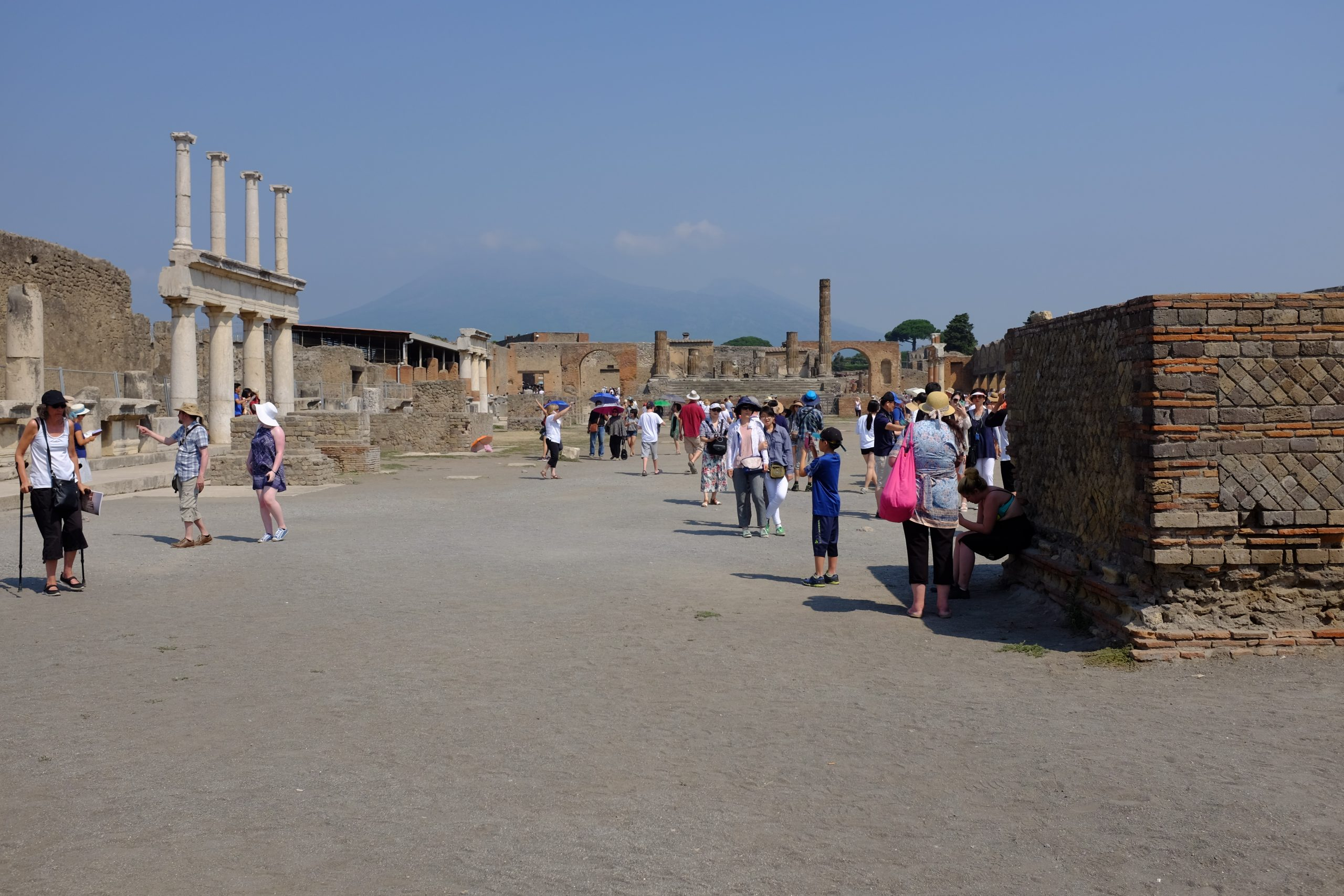 the Pompeii forum