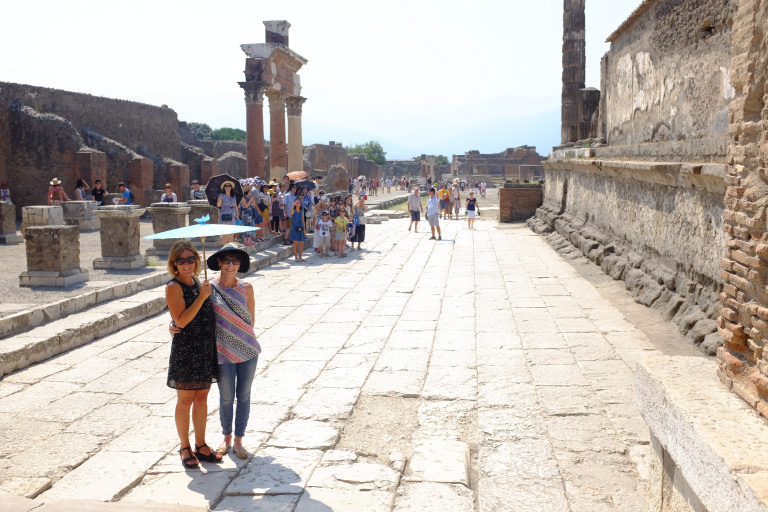 Karenne and Guiliana behind the forum