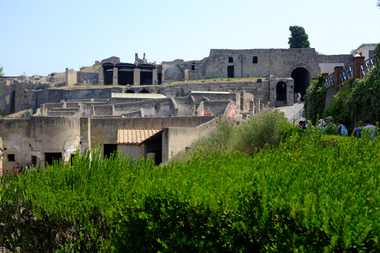 view of pompeii from herculaneum gate