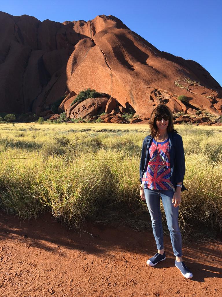 Karenne in front of Uluru